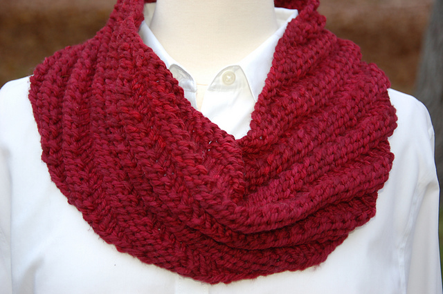 Squishy Soft Cowl
