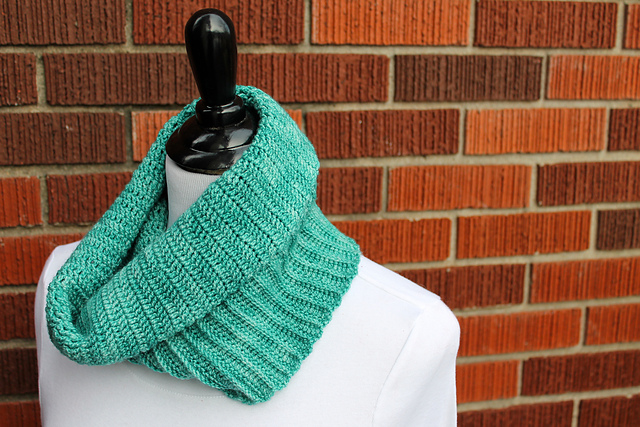 Summit Hill Cowl