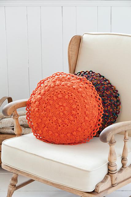 Puff Stitch Round Pillows