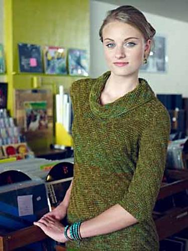 Dana Cowl Pullover