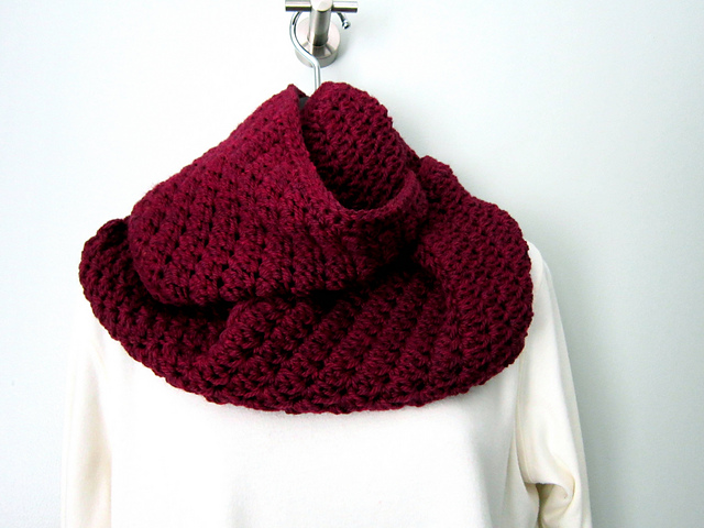 Sedgy Cowl and Ear Warmer